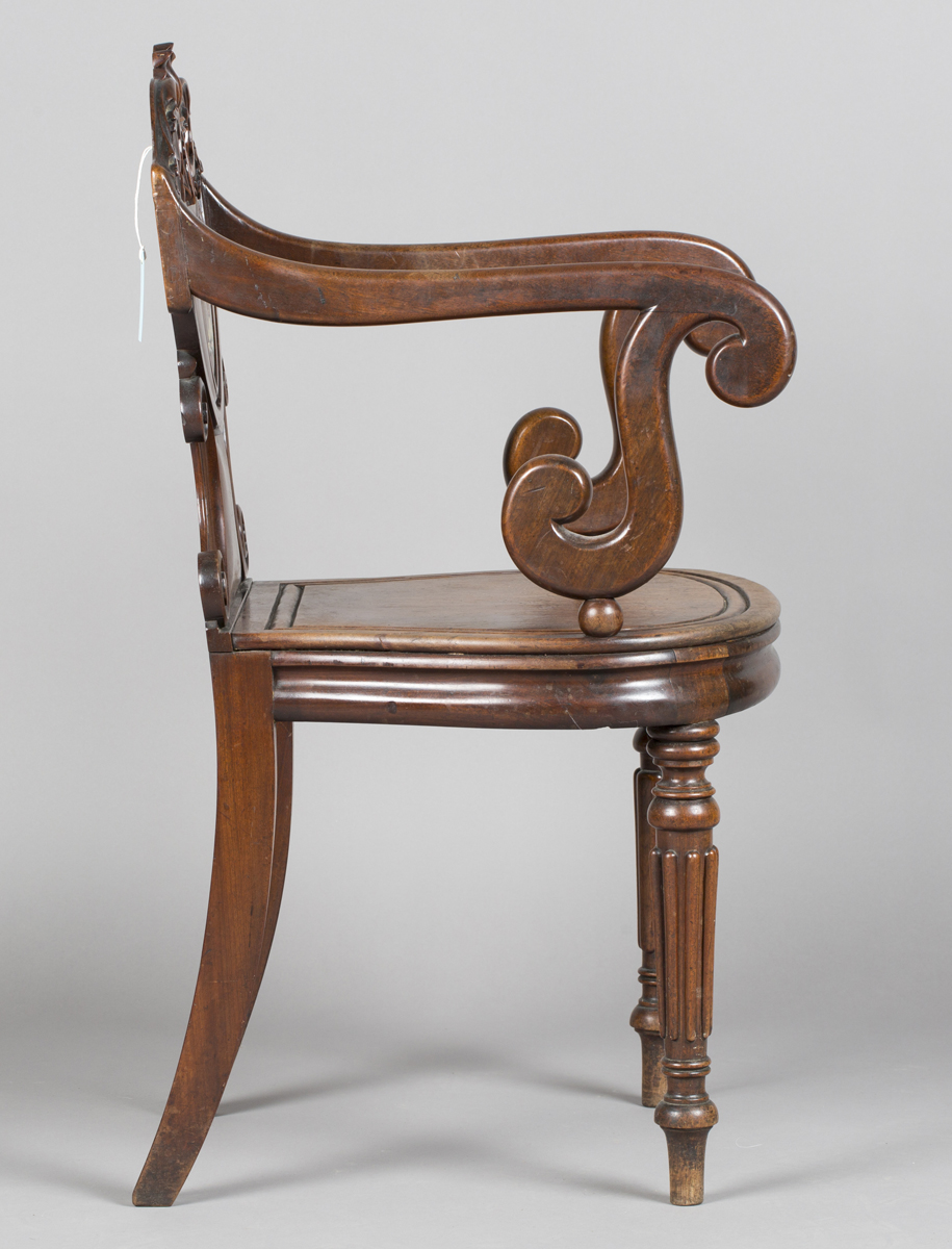 A William IV mahogany elbow hall chair, in the manner of Gillows of Lancaster, the shield back - Image 5 of 10
