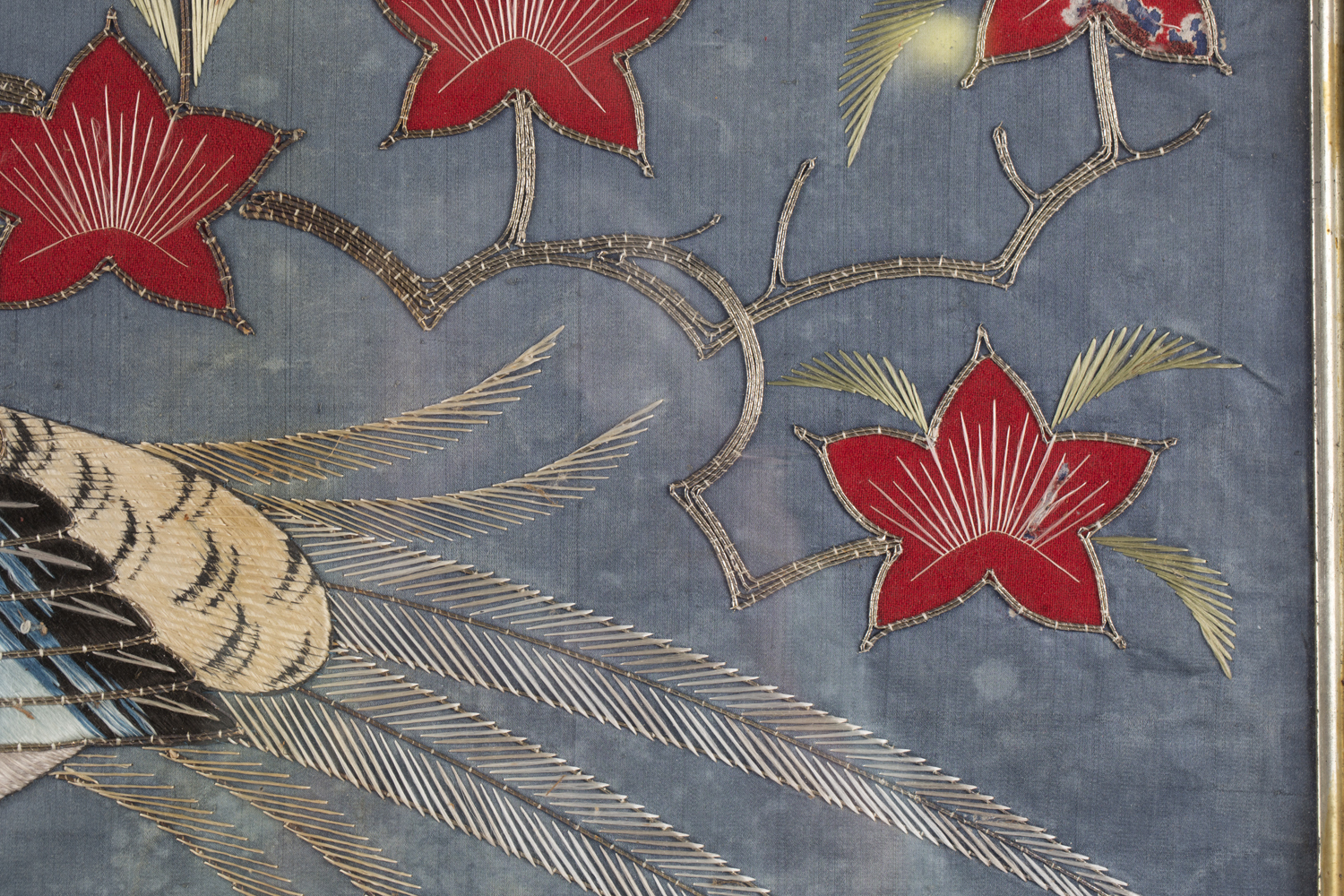 A near pair of late 19th century Japanese silk and metal thread stumpwork panels, both depicting - Image 17 of 31