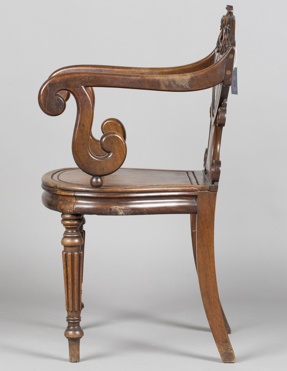 A William IV mahogany elbow hall chair, in the manner of Gillows of Lancaster, the shield back - Image 6 of 10