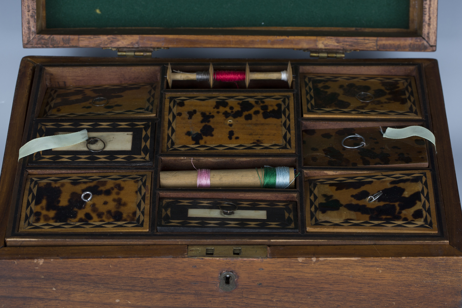 A late 19th century walnut workbox, the interior with a removable tray inset with tortoiseshell - Image 3 of 3