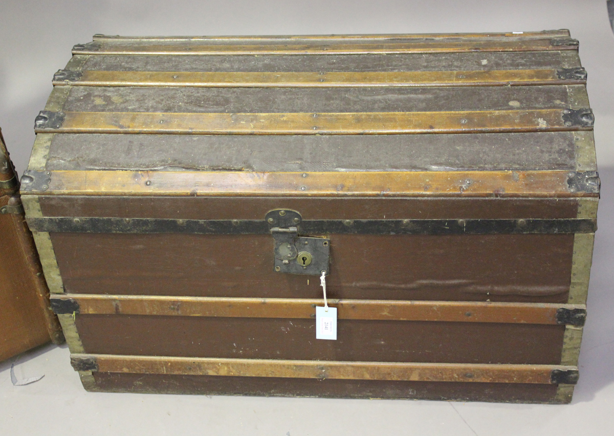 An early 20th century wooden and metal bound trunk, height 55cm, width 91cm, depth 51cm, together - Image 5 of 5