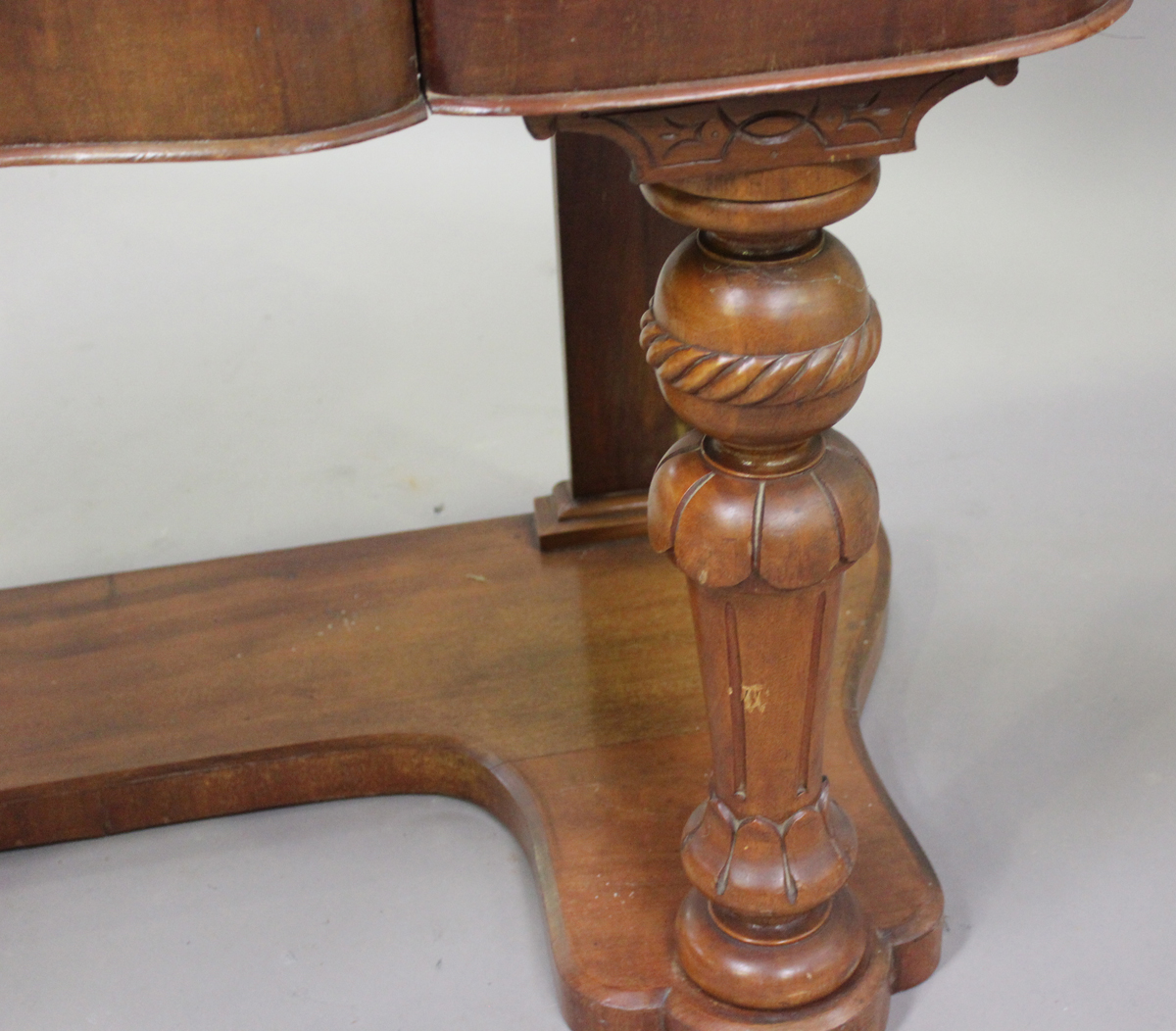 A late Victorian mahogany Duchess dressing table, the swing frame mirror above drawers, height - Image 3 of 4