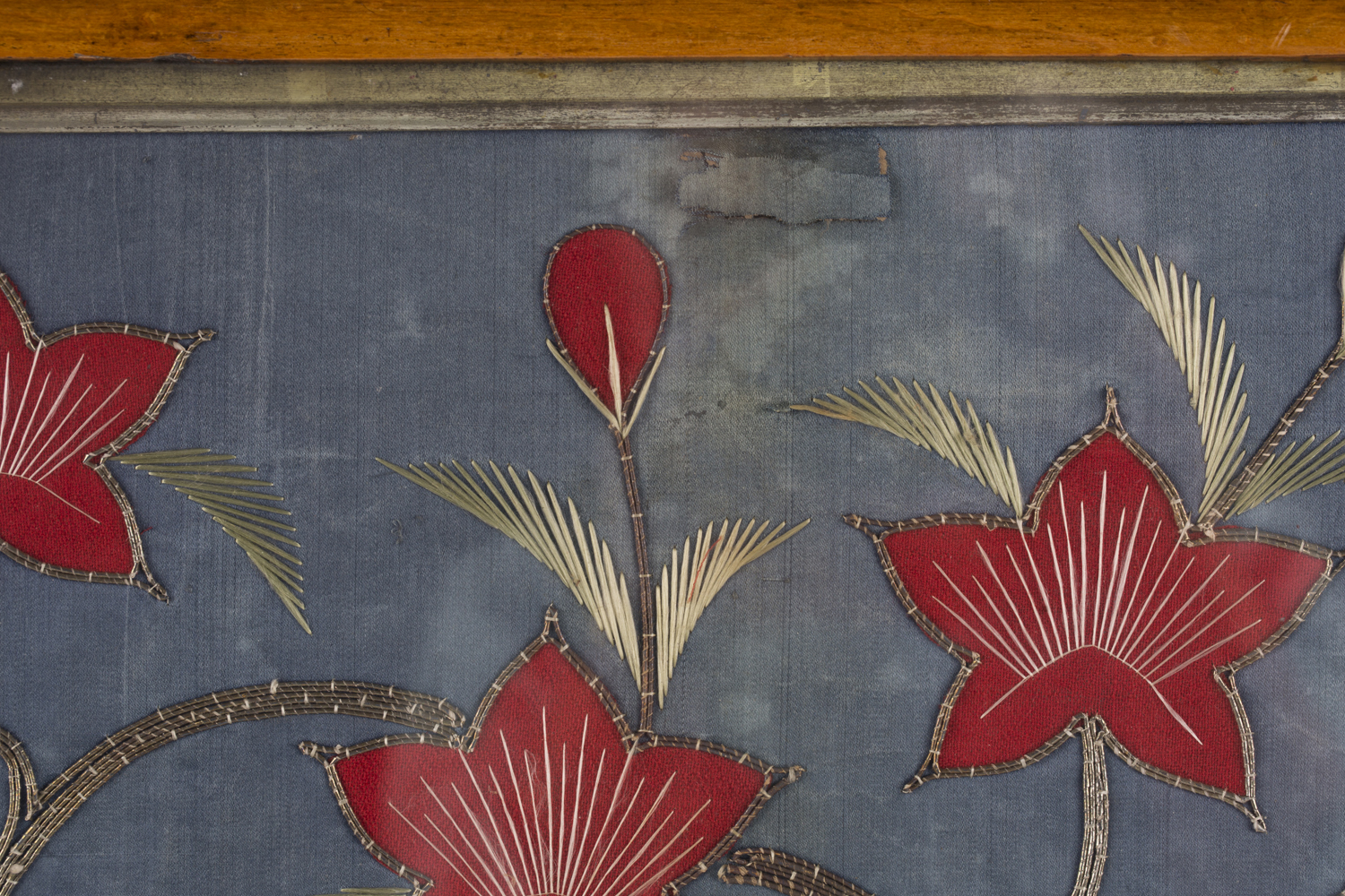 A near pair of late 19th century Japanese silk and metal thread stumpwork panels, both depicting - Image 20 of 31