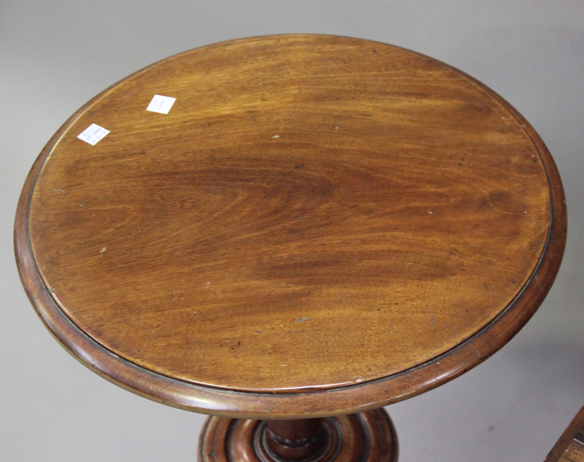 An Edwardian satinwood two-tier square occasional table with foliate inlaid decoration, height 64cm, - Image 4 of 6