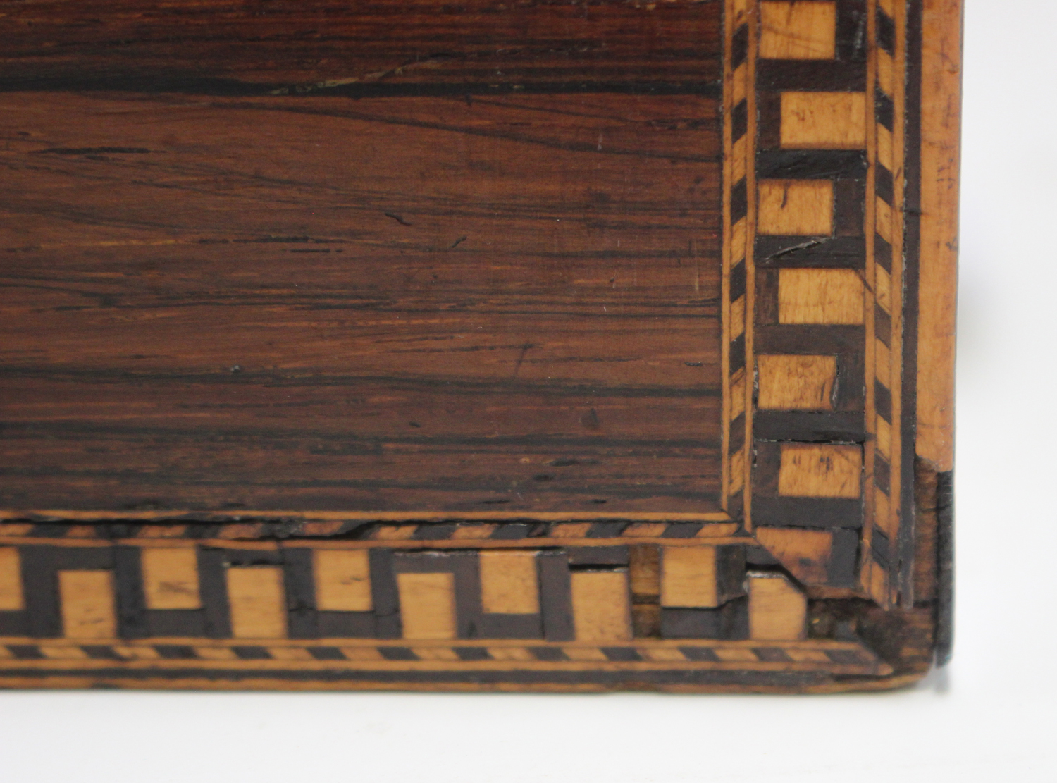 A George III rosewood tea caddy with inlaid running scroll borders and applied gilt metal phoenix - Image 4 of 10