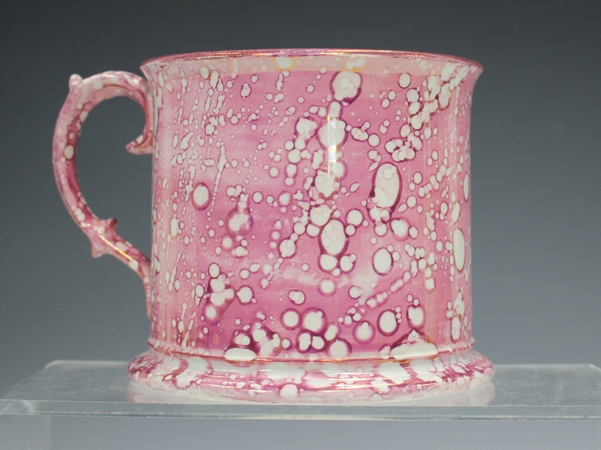 A large pearlware mottled pink lustre decorated mug, circa 1820, height 11.5cm, together with two - Image 13 of 13