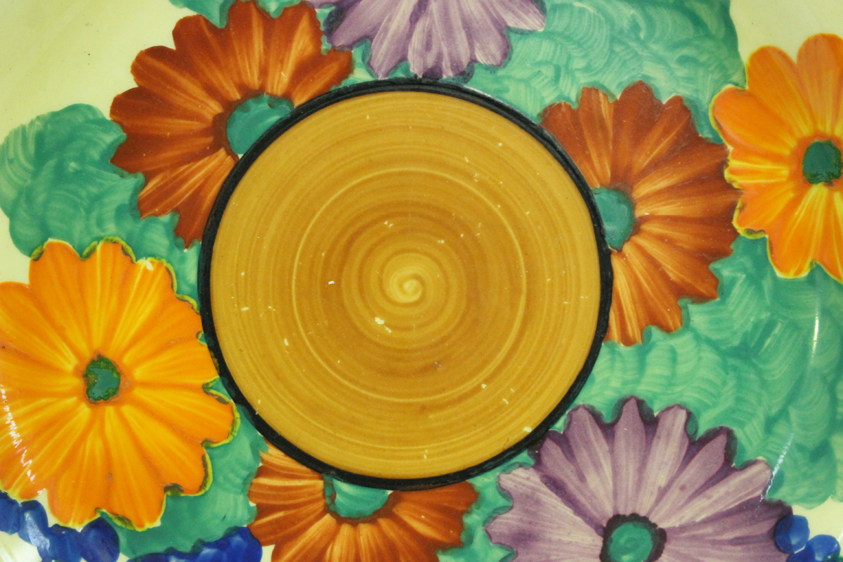 Two Clarice Cliff Bizarre Gayday pattern plates, diameter 17.6cm, a Clarice Cliff Delicia Citrus - Image 2 of 3
