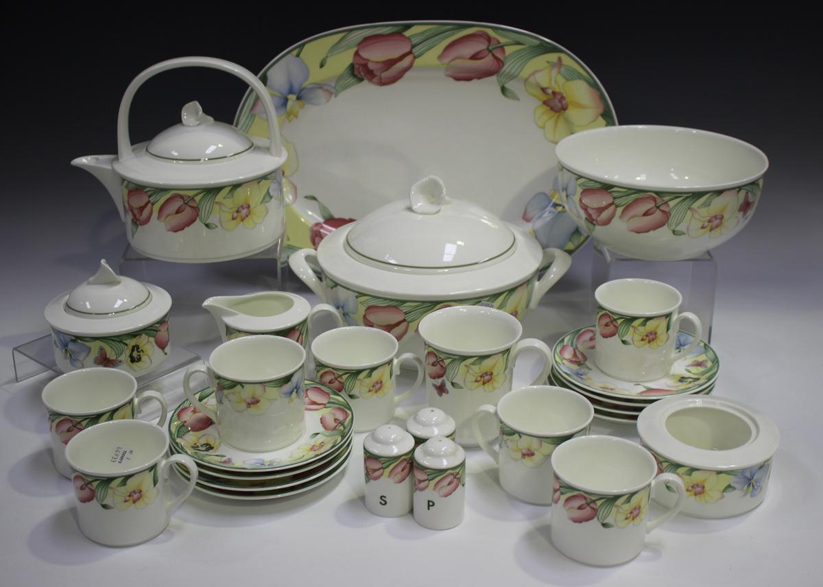 A Villeroy & Boch 'Canari' pattern part service, including teapot and cover, milk jug, sugar bowl,