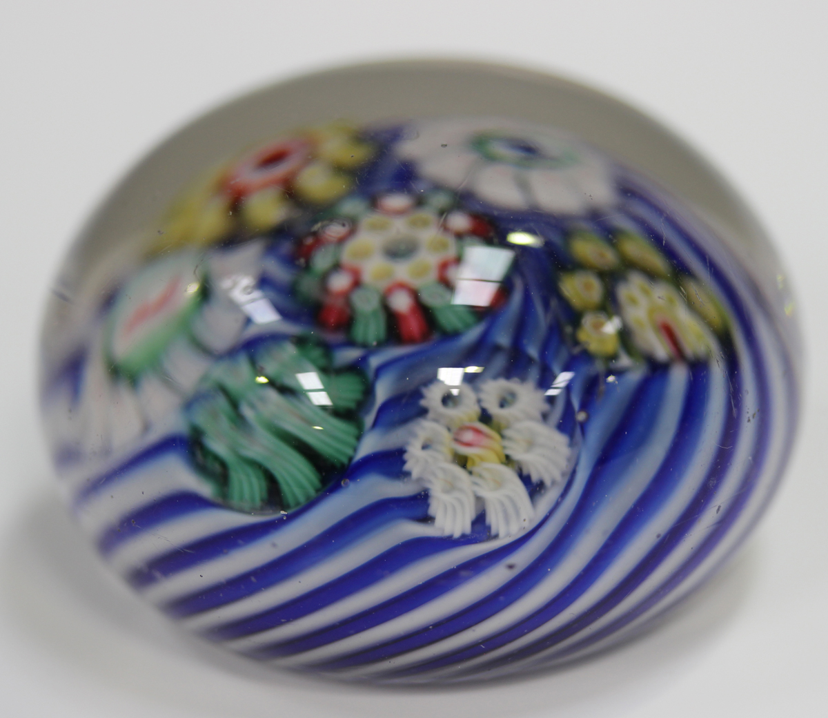 An unusual French paperweight, mid to late 19th century, possibly St Louis, arranged with six - Image 6 of 8