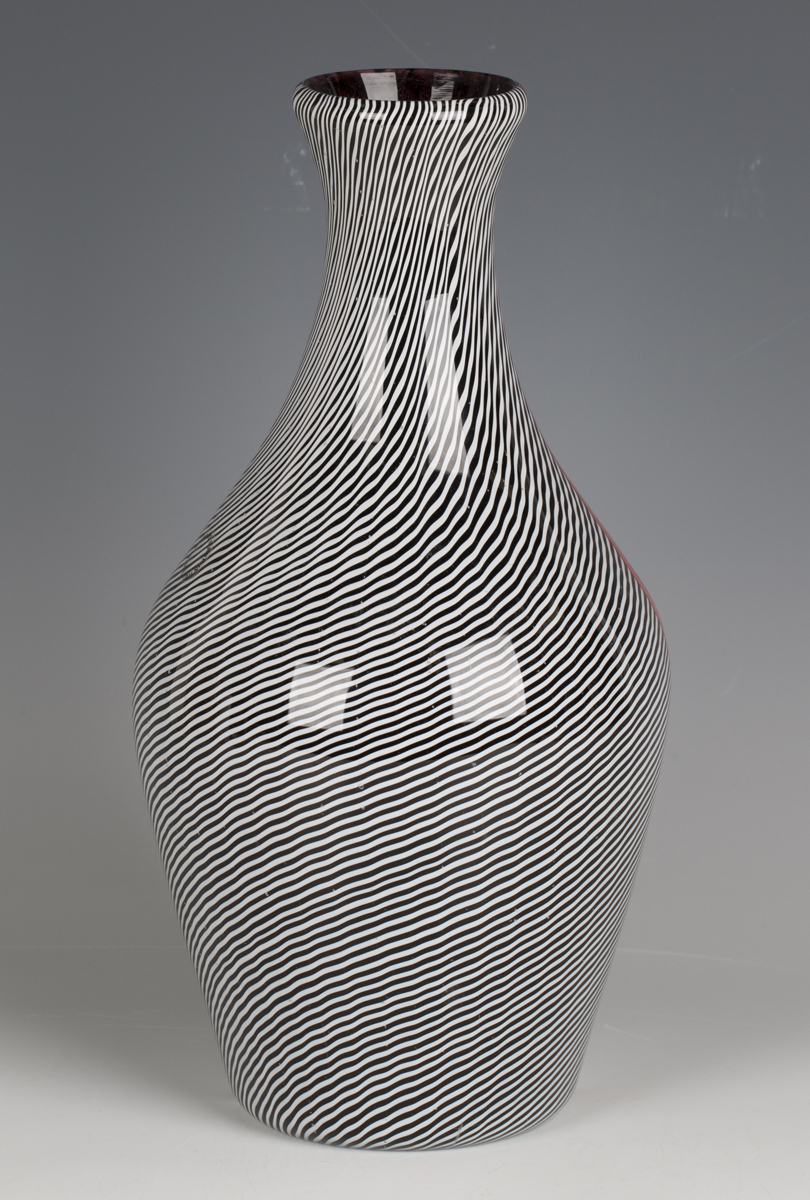 A Gianni Versace for Venini, Murano, smoking glass vase, circa 1998, with black, white and red - Image 3 of 5