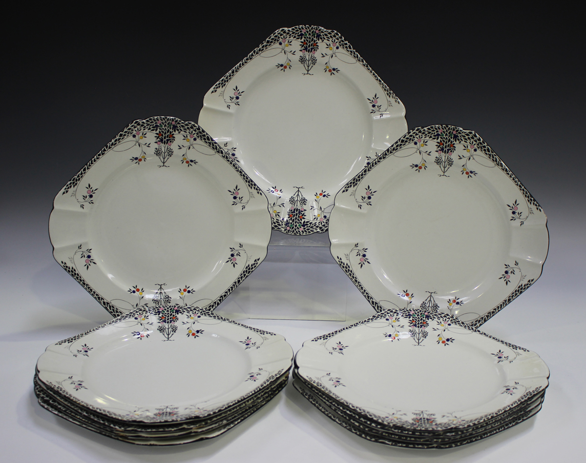 An Art Deco Shelley Queen Anne shape Black Leafy Trees pattern part dinner service, comprising six - Image 4 of 5