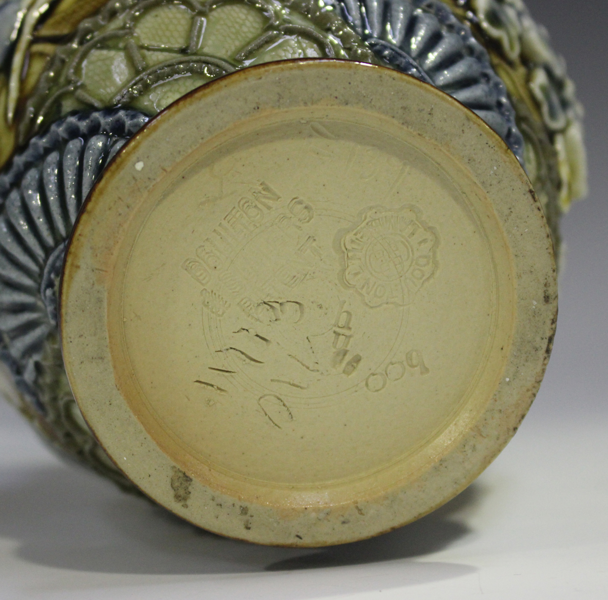 A Doulton Lambeth stoneware jug, 1880-1891, decorated in relief with flowers and stylized fan - Image 4 of 5