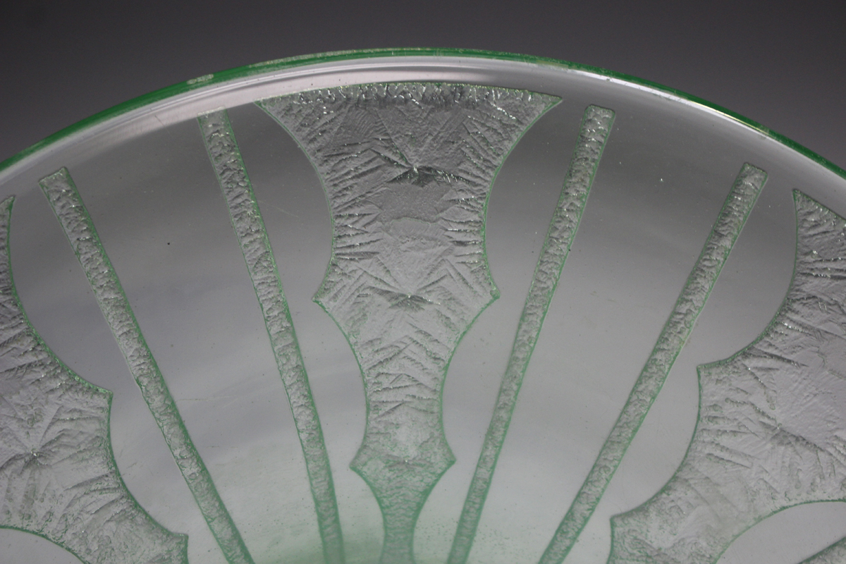 A Daum Nancy pale green tinted wide rimmed bowl, circa 1930, with acid etched geometric - Image 4 of 5
