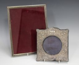 An early 20th century Continental silver and niello work rectangular photograph frame, unmarked,