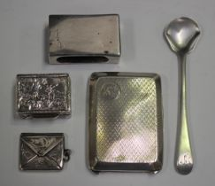 A Continental silver rectangular pillbox, decorated in relief with figures and flowers, import