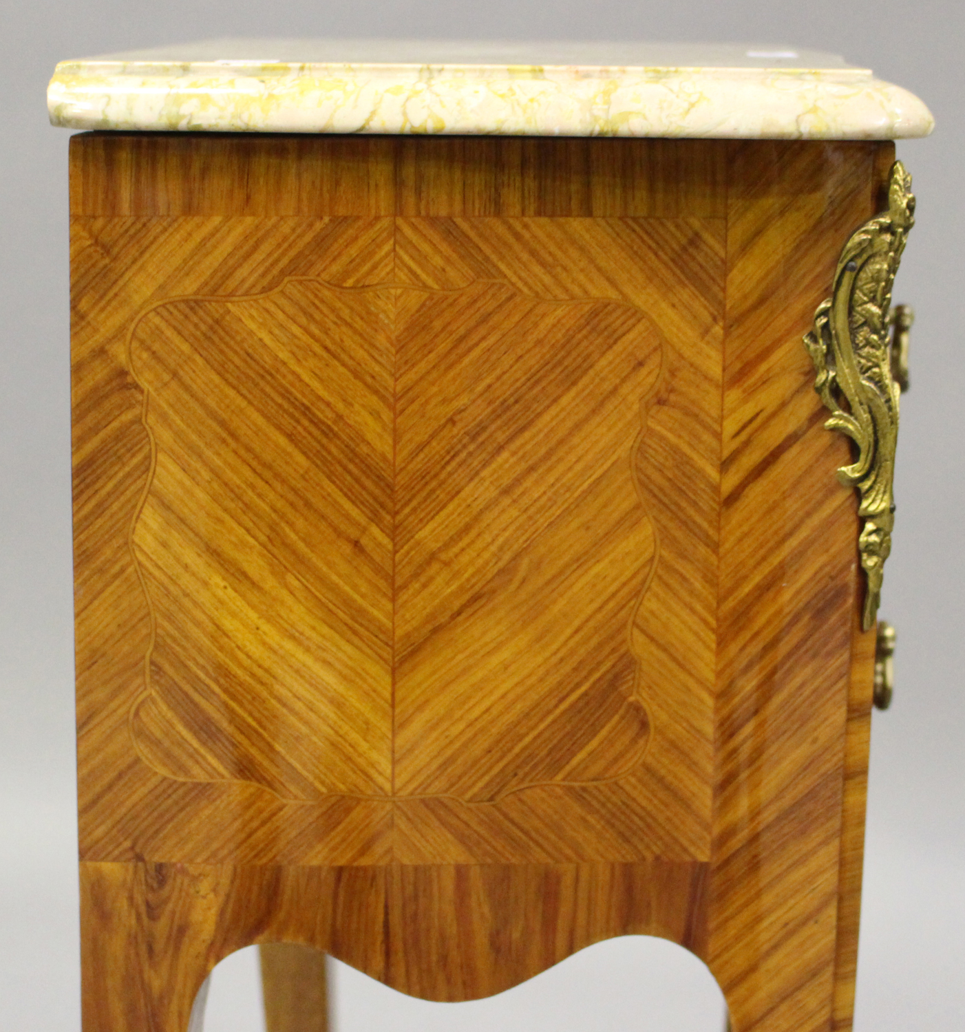 A pair of 20th century French kingwood and gilt metal mounted, marble topped bedside chests, each - Image 3 of 11