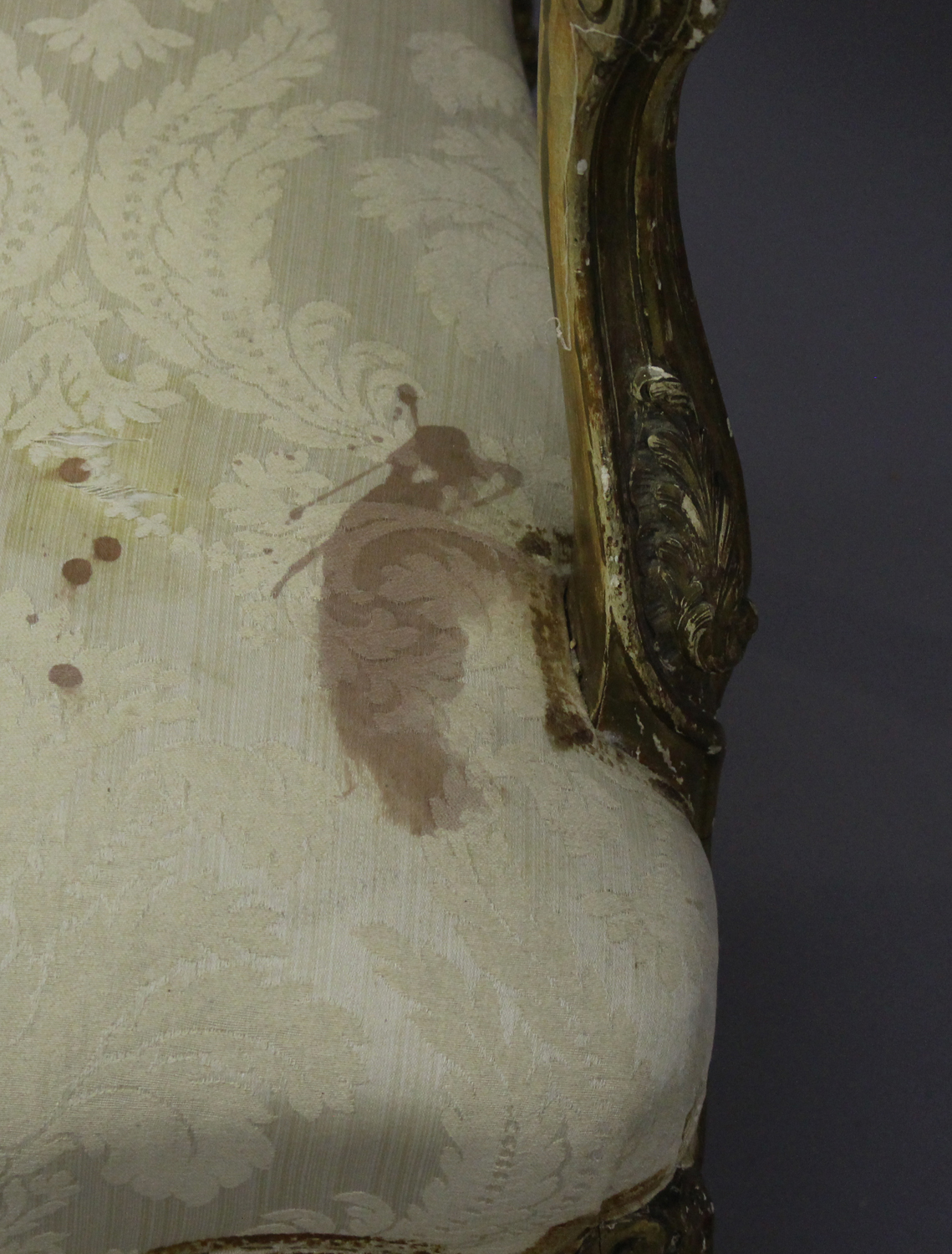 A 19th century French giltwood showframe fauteuil armchair with carved scroll decoration, on - Image 7 of 10