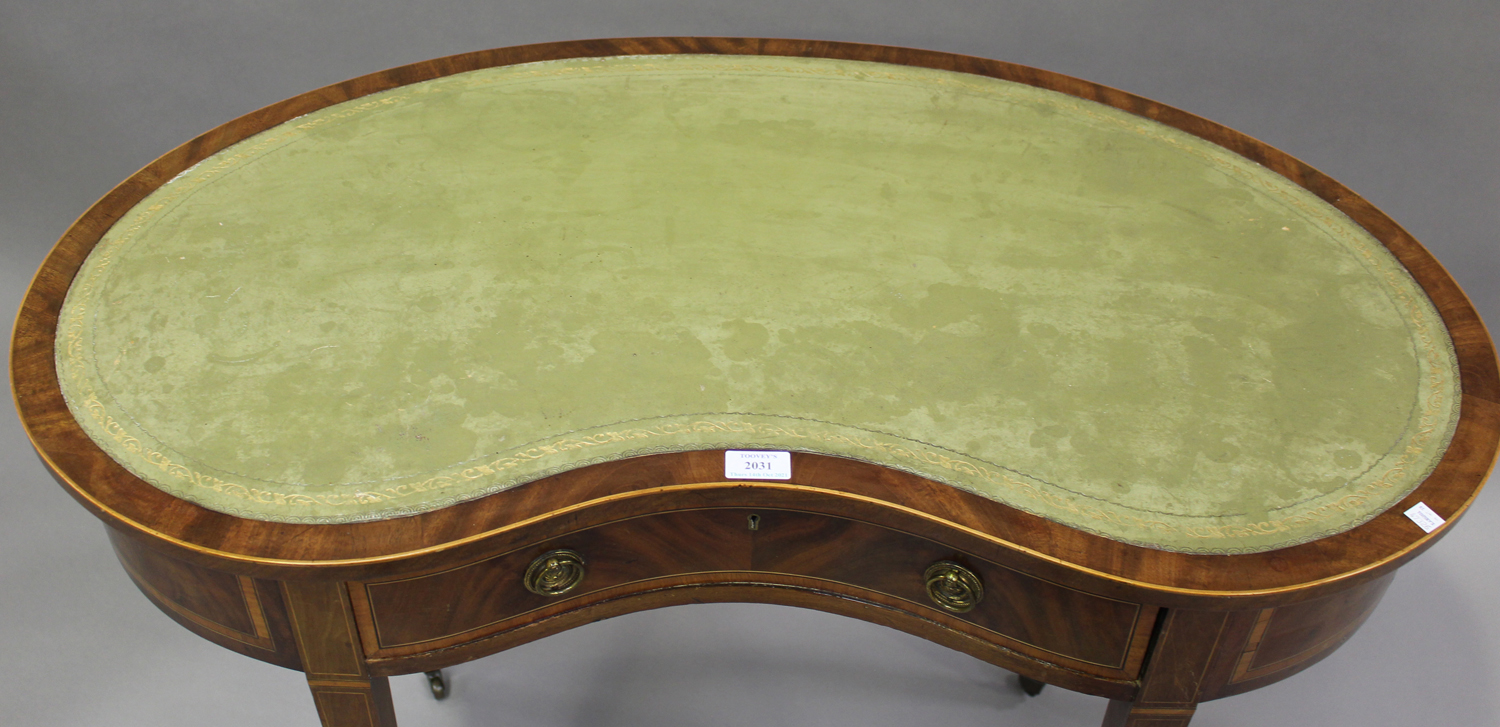 An Edwardian mahogany kidney shaped writing table, crossbanded in satinwood, fitted with a single - Image 5 of 5