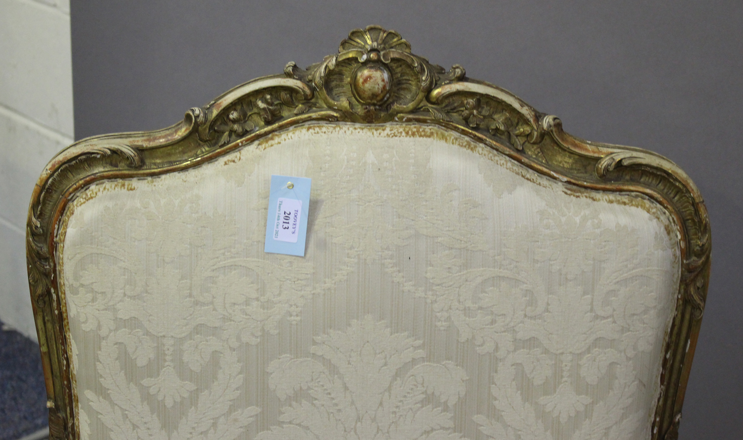 A 19th century French giltwood showframe fauteuil armchair with carved scroll decoration, on - Image 10 of 10