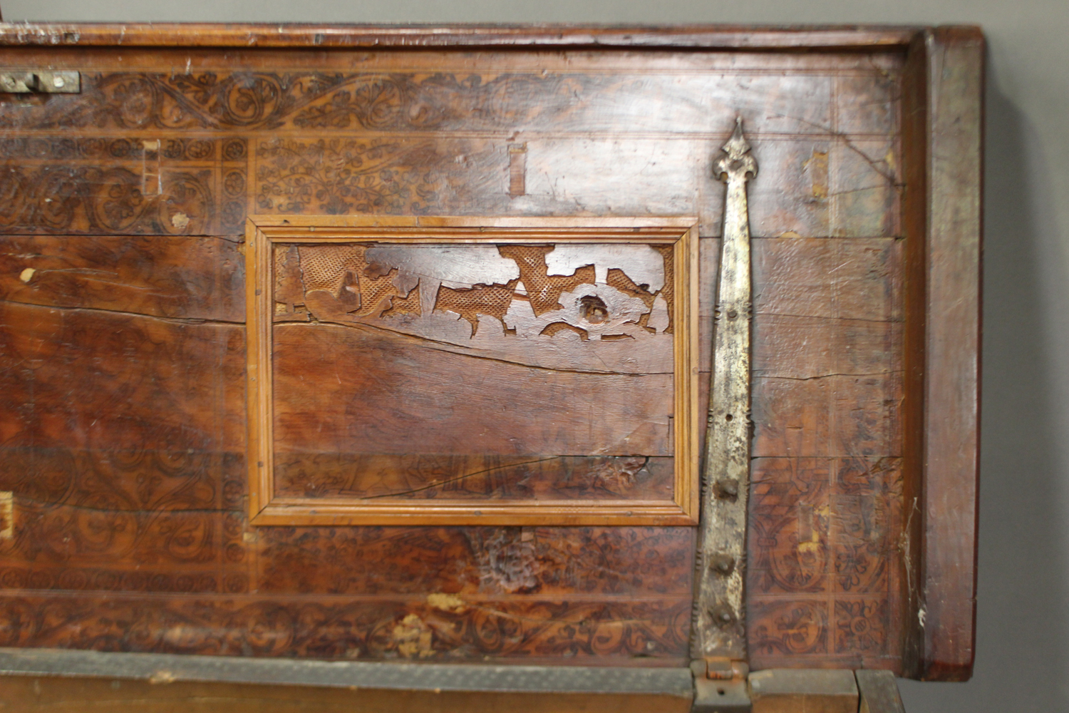 A large 17th century Italian cedar and walnut Adige chest, the lid hinged to reveal poker and pen - Image 4 of 13