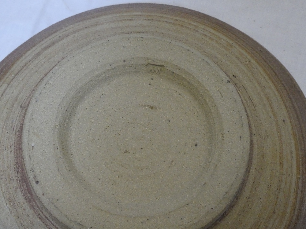 """A Studio pottery circular bowl signed """"MW"""", 8"""" diameter and one other Studio pottery oval bowl, - Image 2 of 3"""