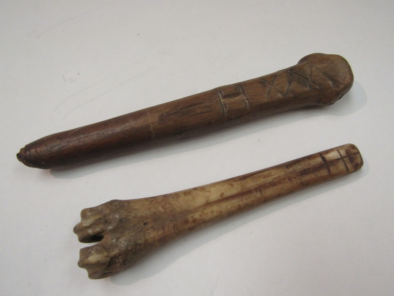 Two carved bone scoops - Image 2 of 2