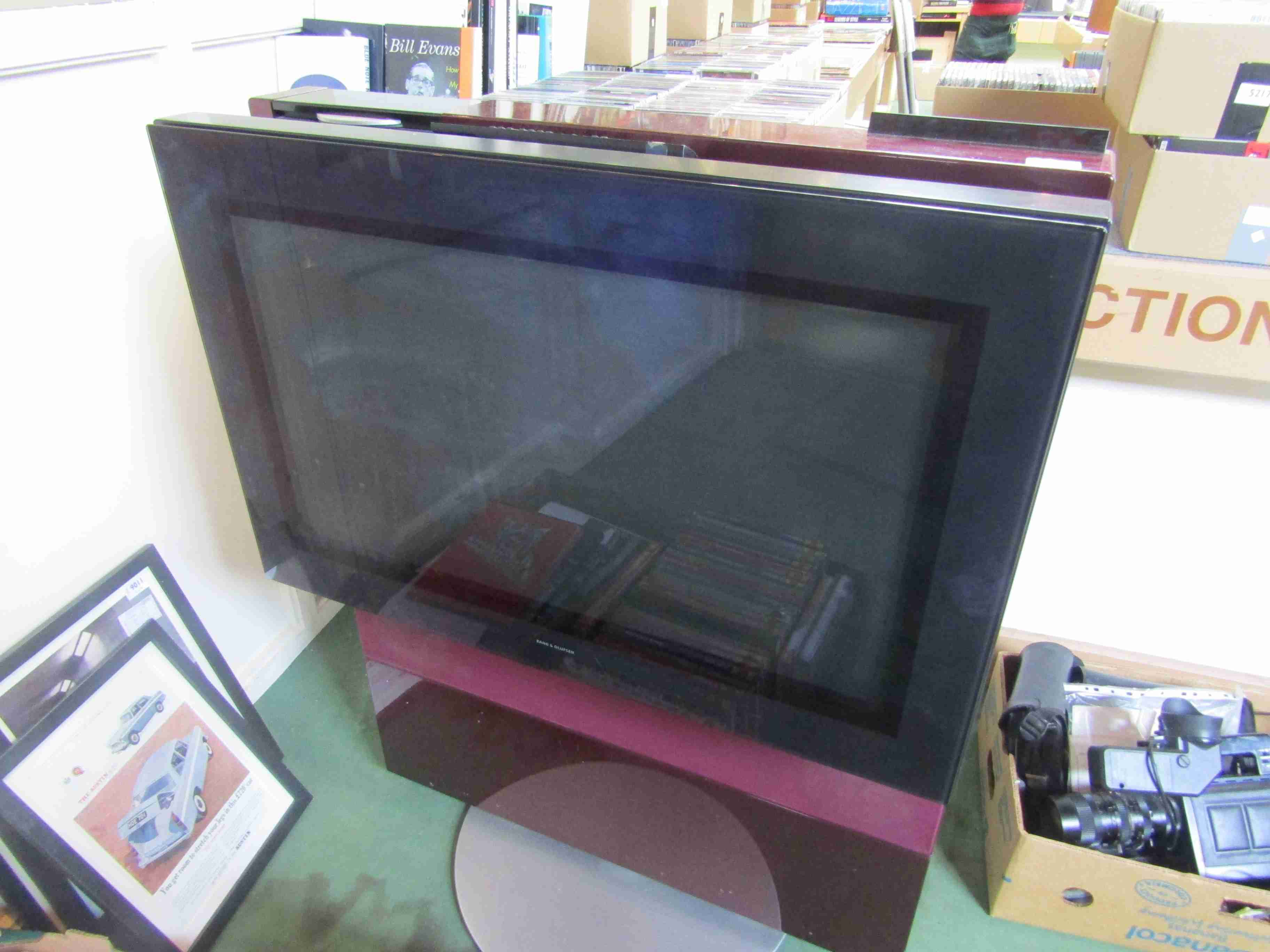 A Bang & Olufsen Beovision Avant 32 DVD television with remote