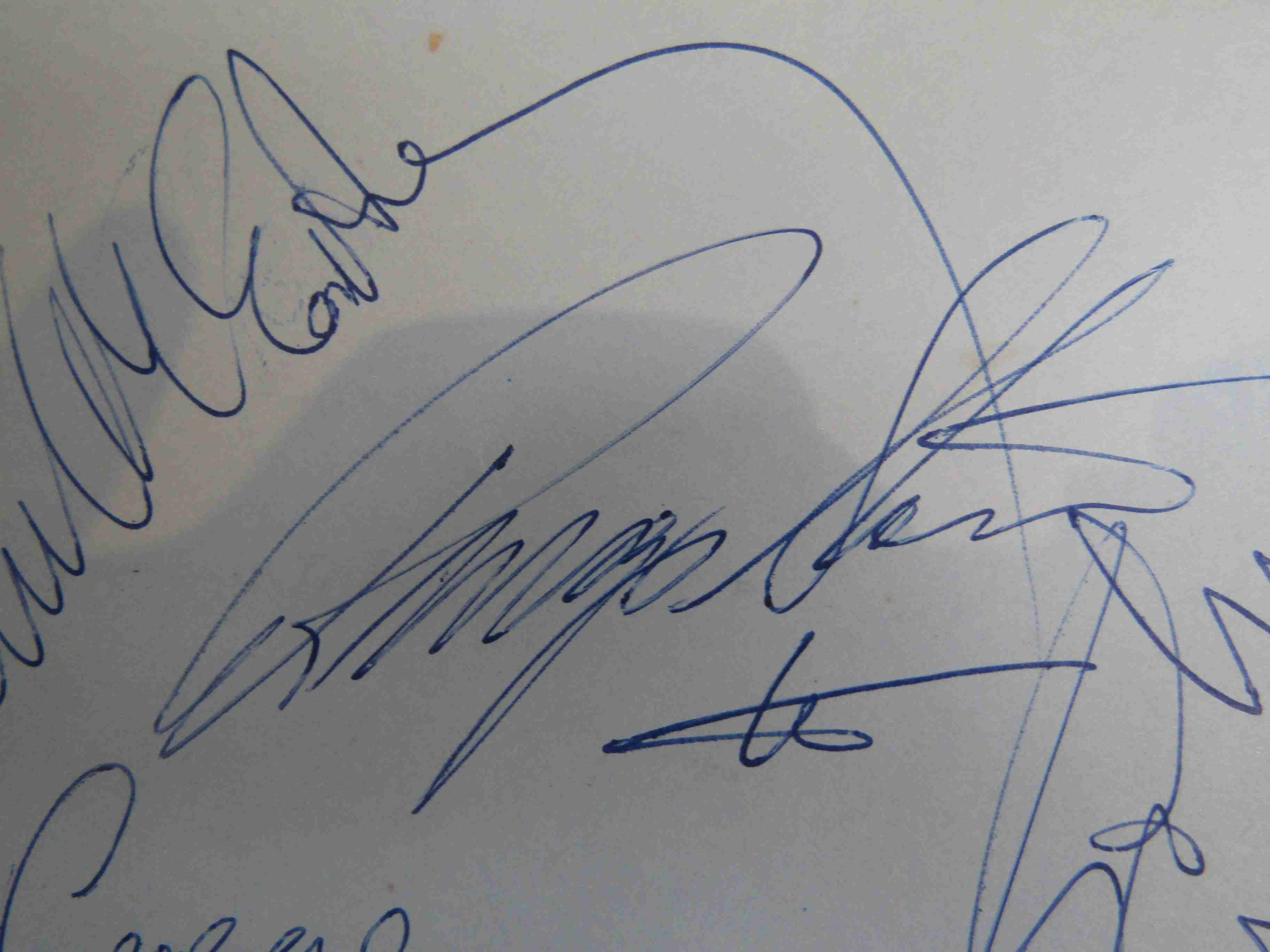 Two 1950s/60s autograph books containing autographs by Benny Hill, Honor Blackman, Barbara Shelley, - Image 4 of 34