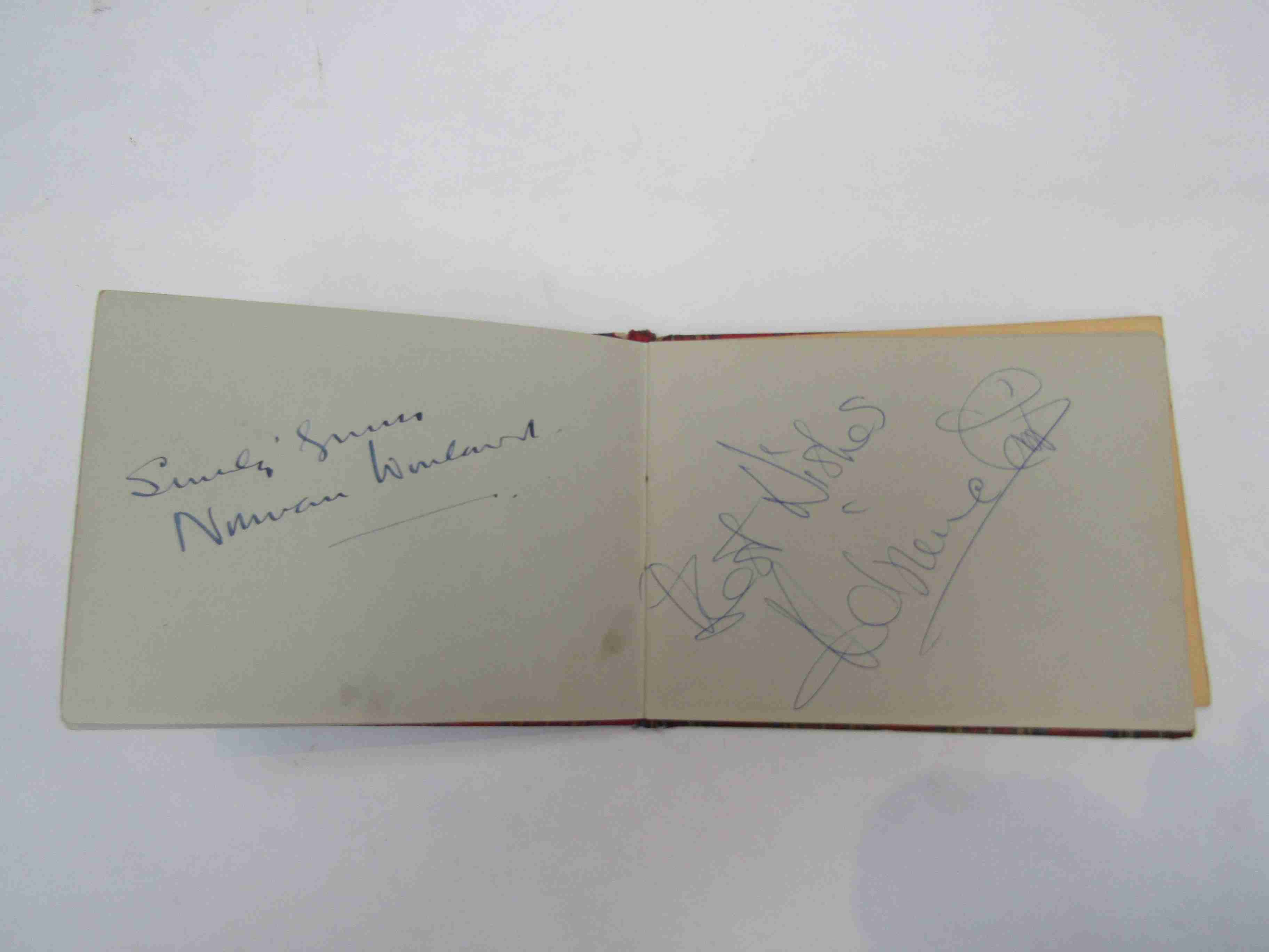 Two 1950s/60s autograph books containing autographs by Benny Hill, Honor Blackman, Barbara Shelley, - Image 19 of 34