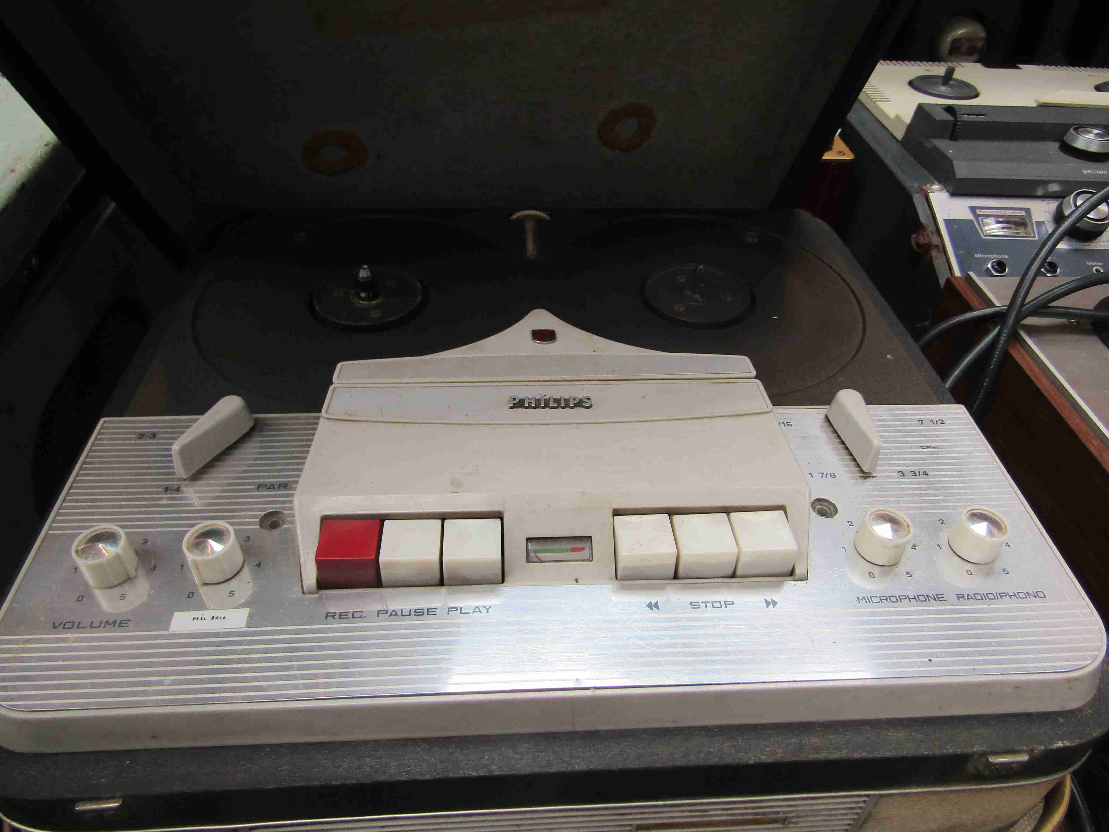 A Philips reel to reel tape recorder - Image 2 of 2