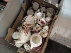 A box of assorted teawares including Colclough part services