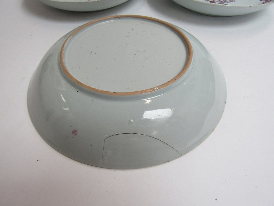 In the style of New Hall, three late 18th Century dishes with puce floral design, - Image 3 of 4