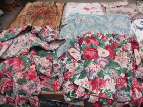 A quantity of 19th Century French and mid 20th Century English roller prints, chintz's and linen,