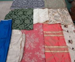 A number of 18th, 19th and early 20th Century silks, jacquard and damasks , various sized pieces.