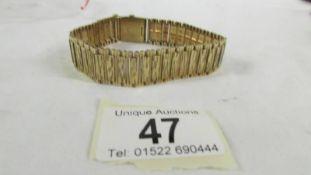 A 9ct gold bracelet, 30.5 grams. ****Condition report**** Length is 20cm x 1.