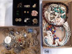 2 trays of costume jewellery