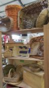 A large mixed lot of basket ware.