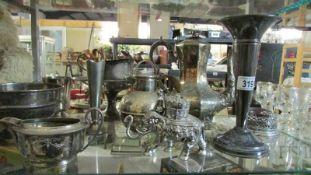 A mixed lot of silver plate.
