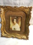 A good quality hand painted miniature portrait in gilded framed. In good condition.