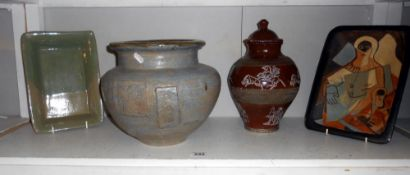 A quantity of pottery by studio pottery artist Harry Shotton (1 item has a few small chips)
