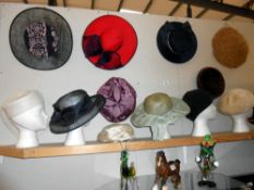 A large quantity of ladies vintage hats, 13 in total,