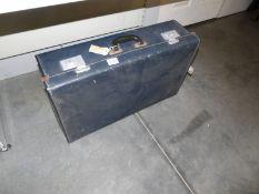 A vintage suitcase, 66 x 41 x 20 cm.