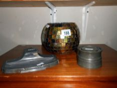 2 vintage pewter inkwells and a glass bowl
