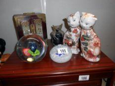 2 Chinese pottery cats, Beranek glass paperweight,