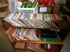 A large quantity of 45's singles,
