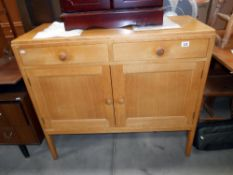 1950's oak 2 door 2 drawer sideboard with integral cutlery tray 106cm x 46cm x 95cm