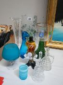 A mixed lot of glass ware.