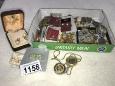 A mixed lot of jewellery & badges etc.