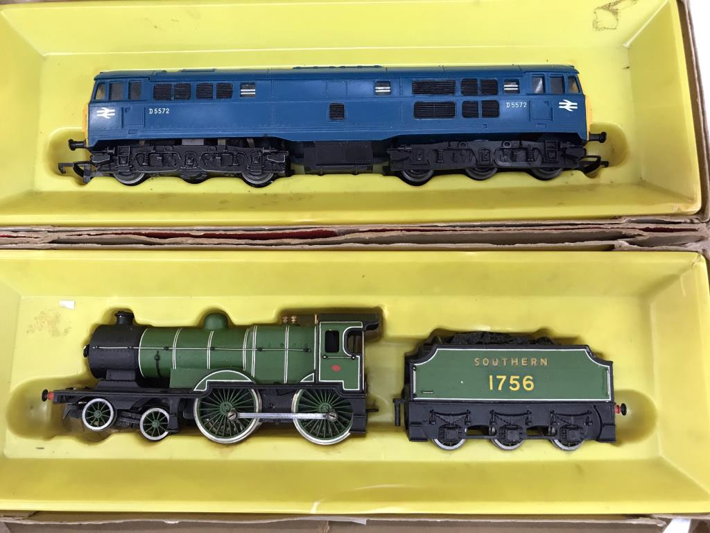 A Hornby Branch line Freight (some parts missing) & 2 locomotives - Image 2 of 4
