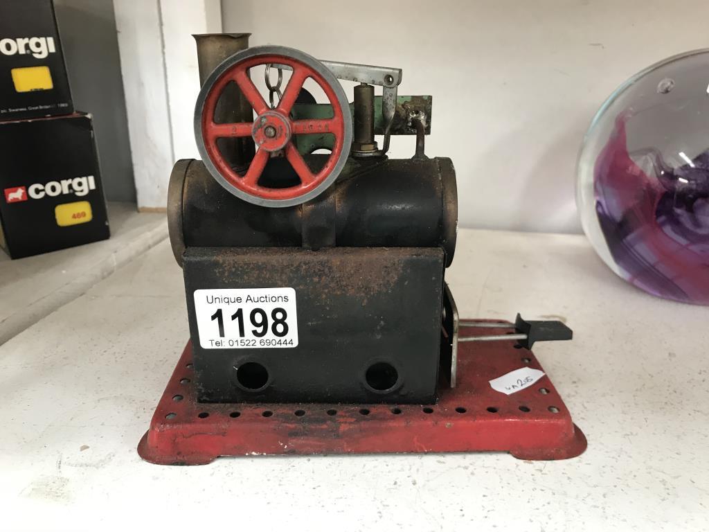 A Mamod model stationary engine